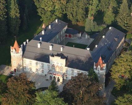 Gurmánský balíček s ubytováním v Chateau Herálec