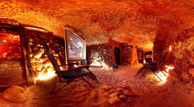 Privátní kino v solné jeskyni