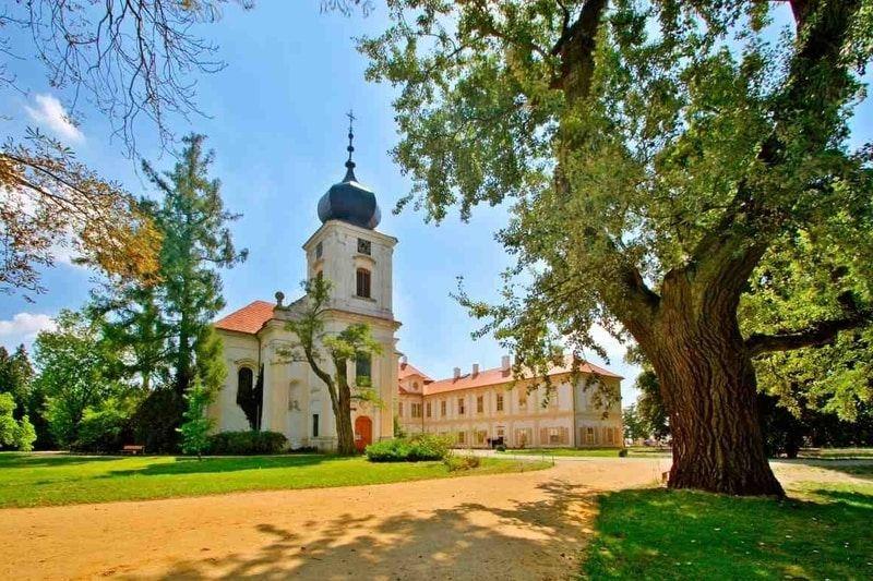 Romantika na zámku Loučeň